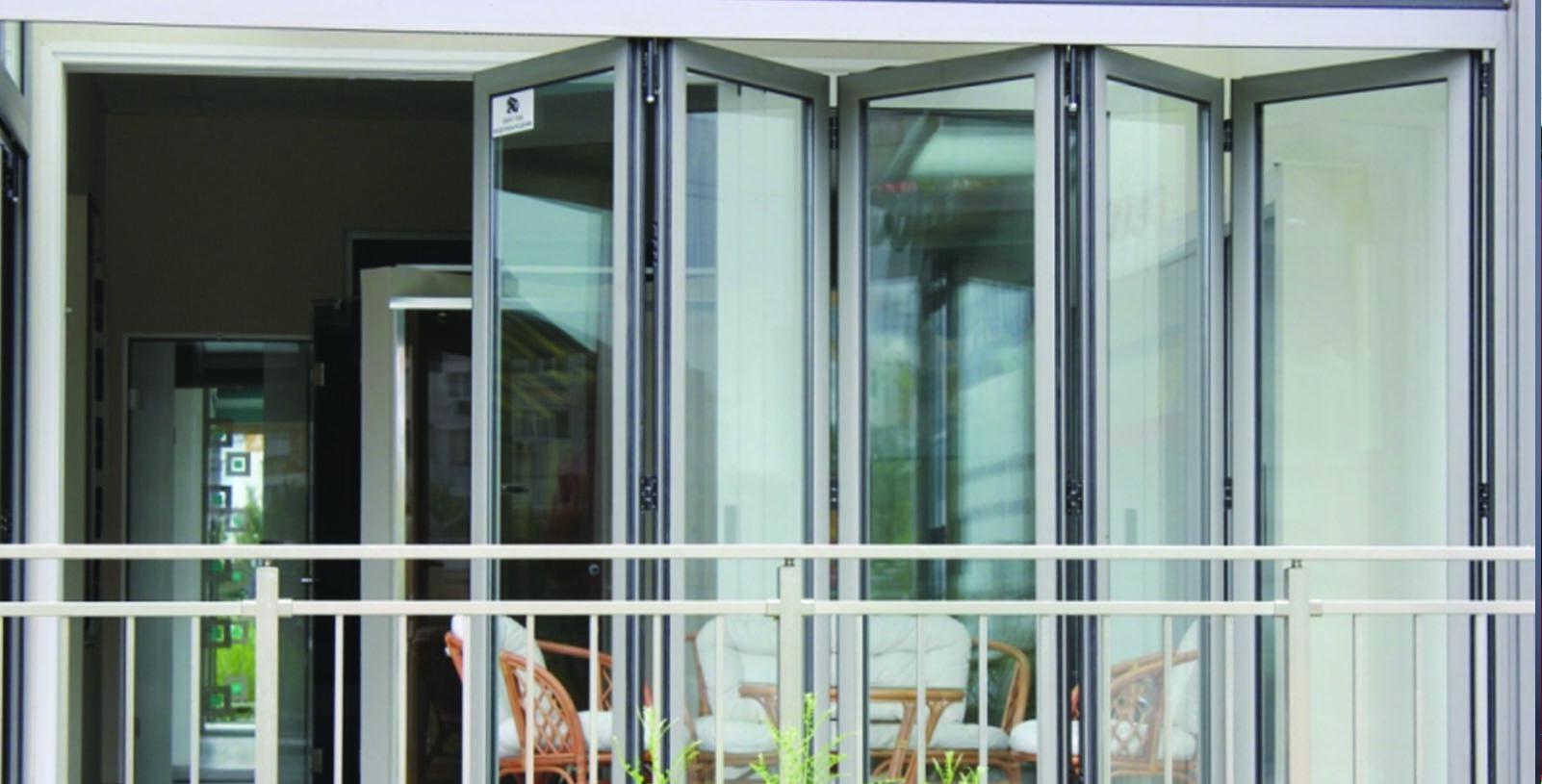 Металлические раздвижные двери-гармошка купить.